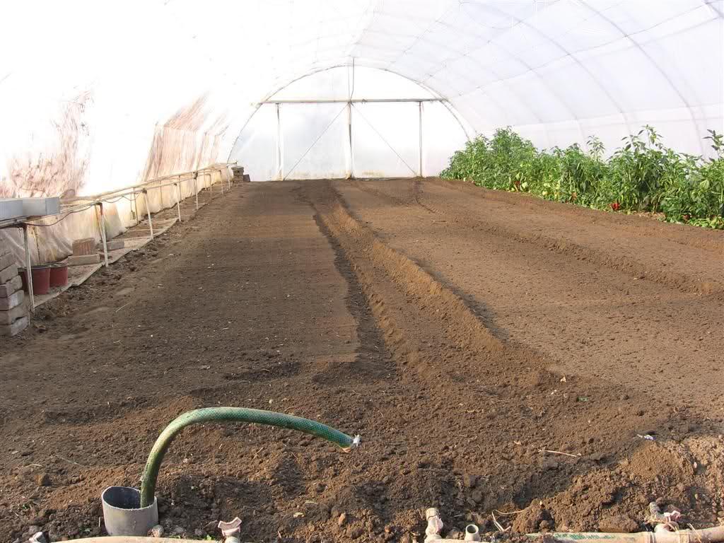 Zagrevanje zemljišta u plastenicima